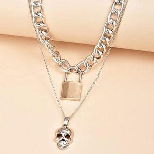 **New- skull necklace